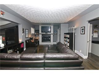 Photo 22: 2203 45 ST SW in Calgary: Glendale House for sale : MLS®# C4101882