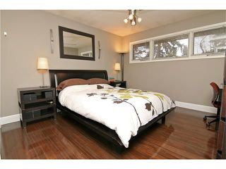 Photo 6: 2203 45 ST SW in Calgary: Glendale House for sale : MLS®# C4101882