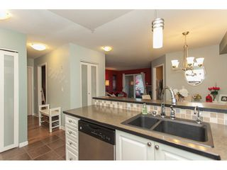 "Photo 11: 305 20896 57 Avenue in Langley: Langley City Condo for sale in ""BAYBERRY LANE"" : MLS®# R2214120"