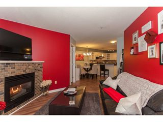 "Photo 4: 305 20896 57 Avenue in Langley: Langley City Condo for sale in ""BAYBERRY LANE"" : MLS®# R2214120"