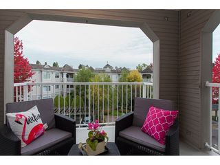 "Photo 19: 305 20896 57 Avenue in Langley: Langley City Condo for sale in ""BAYBERRY LANE"" : MLS®# R2214120"