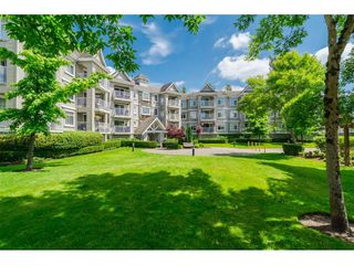 "Photo 1: 305 20896 57 Avenue in Langley: Langley City Condo for sale in ""BAYBERRY LANE"" : MLS®# R2214120"