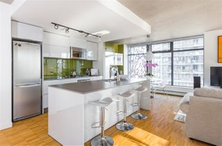 "Photo 8: 2106 128 W CORDOVA Street in Vancouver: Downtown VW Condo for sale in ""WOODWARDS W43"" (Vancouver West)  : MLS®# R2222089"