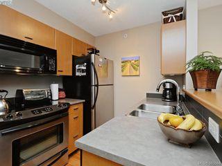 Photo 5: 903 751 Fairfield Rd in VICTORIA: Vi Downtown Condo for sale (Victoria)  : MLS®# 775022