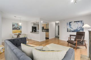 "Photo 5: 401 1405 W 12TH Avenue in Vancouver: Fairview VW Condo for sale in ""The Warrenton"" (Vancouver West)  : MLS®# R2236549"