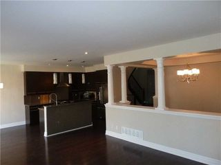 Photo 5: 91 Scott Boulevard in Milton: Scott House (2-Storey) for lease : MLS®# W4096755