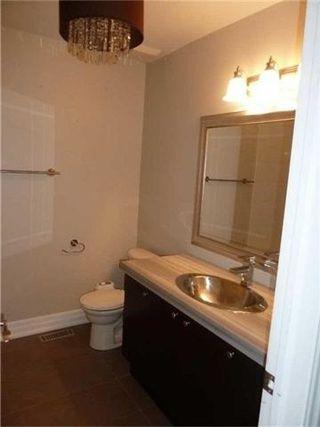Photo 11: 91 Scott Boulevard in Milton: Scott House (2-Storey) for lease : MLS®# W4096755