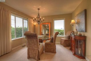 Photo 5: 9 300 Plaskett Pl in VICTORIA: Es Saxe Point Single Family Detached for sale (Esquimalt)  : MLS®# 784553