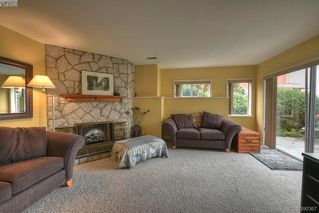 Photo 16: 9 300 Plaskett Pl in VICTORIA: Es Saxe Point Single Family Detached for sale (Esquimalt)  : MLS®# 784553
