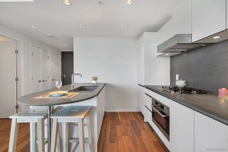 Photo 5: 2003 8555 GRANVILLE Street in Vancouver: S.W. Marine Condo for sale (Vancouver West)  : MLS®# R2261840