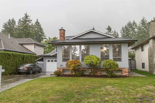 Photo 1: 935 MERRITT Street in Coquitlam: Harbour Chines House for sale : MLS®# R2266786