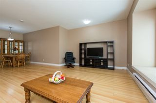 Photo 5: 33 13899 LAUREL Drive in Surrey: Whalley Townhouse for sale (North Surrey)  : MLS®# R2267843