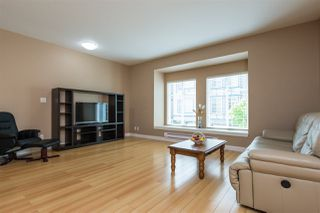 Photo 4: 33 13899 LAUREL Drive in Surrey: Whalley Townhouse for sale (North Surrey)  : MLS®# R2267843