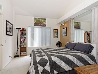 Photo 5: UNIVERSITY CITY Condo for sale : 1 bedrooms : 7245 Calabria Ct #53 in San Diego