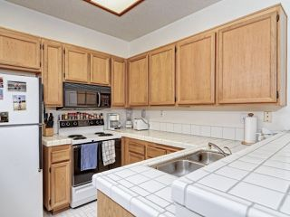 Photo 7: UNIVERSITY CITY Condo for sale : 1 bedrooms : 7245 Calabria Ct #53 in San Diego