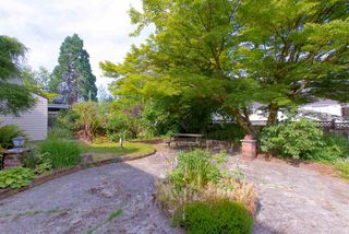 "Photo 37: 942 GARROW Drive in Port Moody: Glenayre House for sale in ""Glenayre"" : MLS®# R2283239"