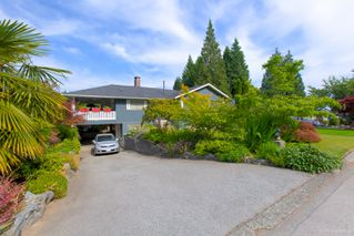 "Photo 2: 942 GARROW Drive in Port Moody: Glenayre House for sale in ""Glenayre"" : MLS®# R2283239"