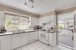 "Photo 10: 942 GARROW Drive in Port Moody: Glenayre House for sale in ""Glenayre"" : MLS®# R2283239"