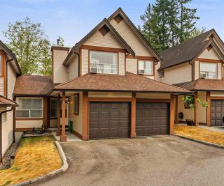 "Photo 1: 23 23151 HANEY Bypass in Maple Ridge: East Central Townhouse for sale in ""STONEHOUSE ESTATES"" : MLS®# R2297914"