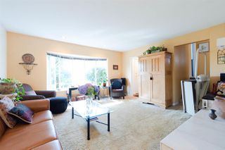 Photo 3: 7688 BURGESS Street in Burnaby: Edmonds BE House for sale (Burnaby East)  : MLS®# R2308571
