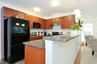 "Photo 7: 47 6110 138 Street in Surrey: Sullivan Station Townhouse for sale in ""Seneca Woods"" : MLS®# R2308623"