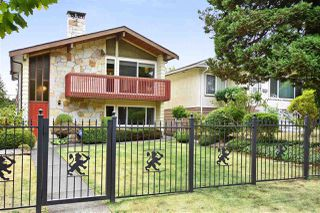 Photo 1: 3310 NANAIMO Street in Vancouver: Renfrew Heights House for sale (Vancouver East)  : MLS®# R2310492