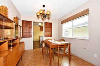 Photo 6: 3310 NANAIMO Street in Vancouver: Renfrew Heights House for sale (Vancouver East)  : MLS®# R2310492