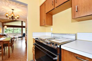 Photo 7: 3310 NANAIMO Street in Vancouver: Renfrew Heights House for sale (Vancouver East)  : MLS®# R2310492