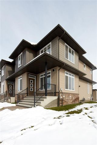 Photo 3: 9020 52 Street NE in Calgary: Saddle Ridge Semi Detached for sale : MLS®# C4209406
