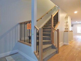 Photo 10: 8534 81 Avenue in Edmonton: Zone 17 House for sale : MLS®# E4135410