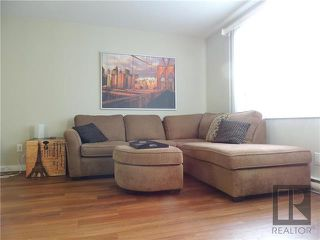 Photo 2: 408 218 Greenway Crescent in Winnipeg: Crestview Condominium for sale (5H)  : MLS®# 1829944
