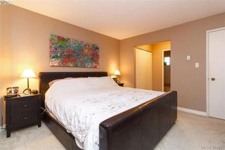 Photo 16: 1283 Santa Maria Pl in VICTORIA: SW Strawberry Vale House for sale (Saanich West)  : MLS®# 804520