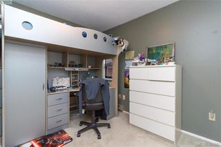 Photo 18: 1283 Santa Maria Pl in VICTORIA: SW Strawberry Vale House for sale (Saanich West)  : MLS®# 804520
