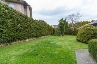 Photo 27: 1283 Santa Maria Pl in VICTORIA: SW Strawberry Vale House for sale (Saanich West)  : MLS®# 804520