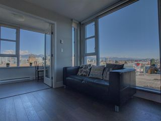 """Photo 2: 805 538 W 7TH Avenue in Vancouver: Fairview VW Condo for sale in """"Cambie +7"""" (Vancouver West)  : MLS®# R2338152"""