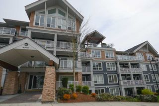 """Main Photo: 105 6460 194 Street in Surrey: Clayton Condo for sale in """"WATERSTONE - MONTAGE"""" (Cloverdale)  : MLS®# R2340401"""