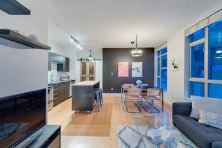 """Photo 1: 401 205 E 10TH Avenue in Vancouver: Mount Pleasant VE Condo for sale in """"The Hub Building"""" (Vancouver East)  : MLS®# R2347436"""