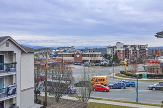 "Photo 17: 418 20259 MICHAUD Crescent in Langley: Langley City Condo for sale in ""CITY GRANDE"" : MLS®# R2348964"