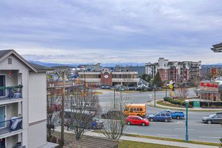 "Photo 14: 418 20259 MICHAUD Crescent in Langley: Langley City Condo for sale in ""CITY GRANDE"" : MLS®# R2348964"