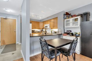 """Photo 4: 218 808 SANGSTER Place in New Westminster: The Heights NW Condo for sale in """"THE BROCKTON"""" : MLS®# R2349331"""