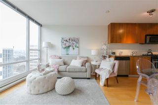 Photo 2: 906 1030 W BROADWAY in Vancouver: Fairview VW Condo for sale (Vancouver West)  : MLS®# R2353231