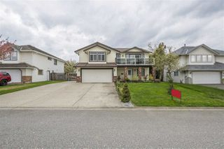 "Main Photo: 35442 CALGARY Avenue in Abbotsford: Abbotsford East House for sale in ""SANDY HILL"" : MLS®# R2358608"