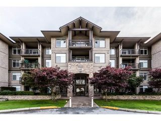 Main Photo: 102 12268 224 Street in Maple Ridge: East Central Condo for sale : MLS®# R2358833
