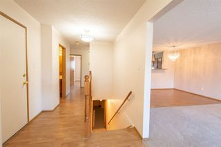 Photo 4: 17320 Callingwood Rd in Edmonton: Zone 20 Townhouse for sale : MLS®# E4156064