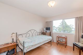Photo 12: 312 910 FIFTH Avenue in New Westminster: Uptown NW Condo for sale : MLS®# R2371401