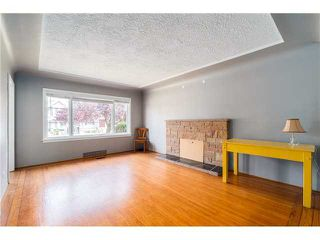 Photo 2: 2714 3RD Ave E in Vancouver East: Renfrew VE Home for sale ()  : MLS®# V1127562