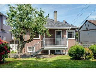 Photo 15: 2714 3RD Ave E in Vancouver East: Renfrew VE Home for sale ()  : MLS®# V1127562