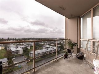 "Photo 5: 1301 14881 103A Avenue in Surrey: Guildford Condo for sale in ""Sunwest Estates"" (North Surrey)  : MLS®# R2379459"