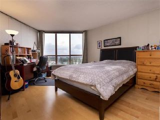 "Photo 12: 1301 14881 103A Avenue in Surrey: Guildford Condo for sale in ""Sunwest Estates"" (North Surrey)  : MLS®# R2379459"