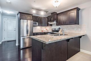 "Photo 2: 204 3150 VINCENT Street in Port Coquitlam: Glenwood PQ Condo for sale in ""BREYERTON"" : MLS®# R2383361"